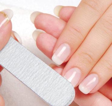 Afrina Classic Manicure
