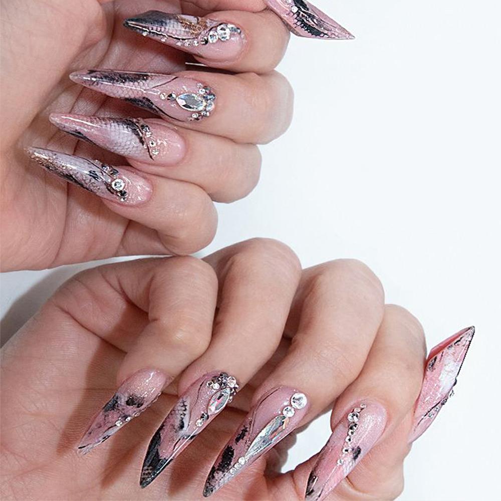 Afrina Advanced Nail Art